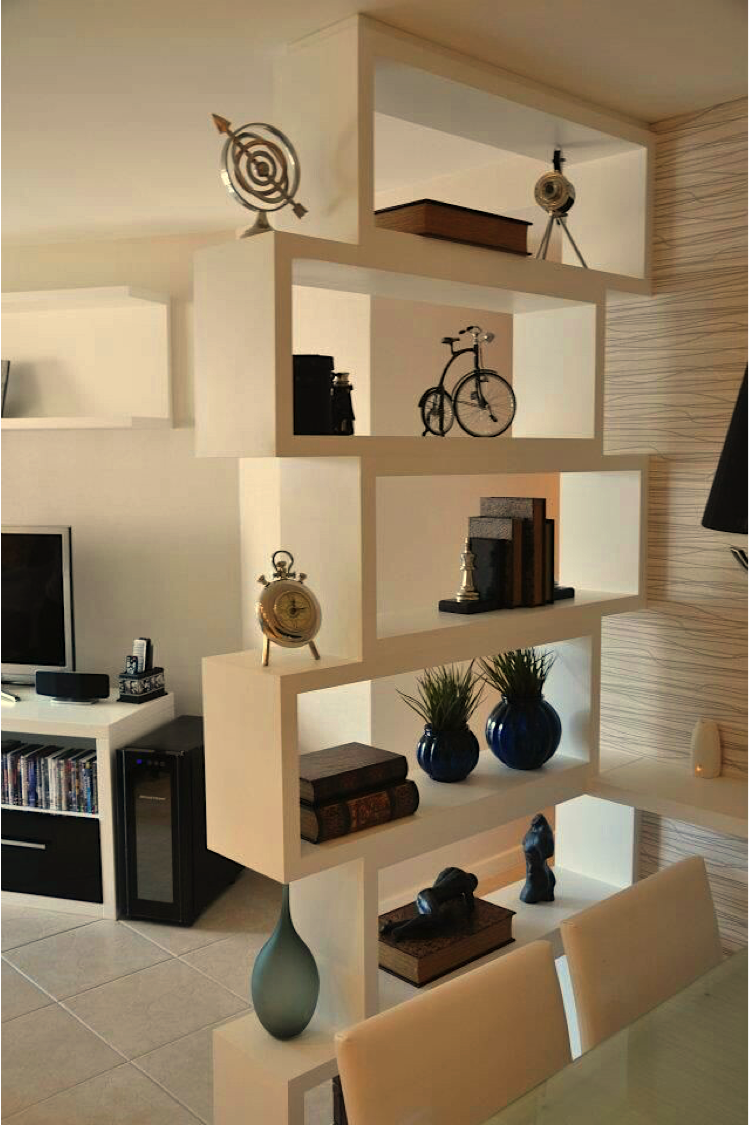 Como separar espacios con una repisa living room partition design living room divider bookshelf