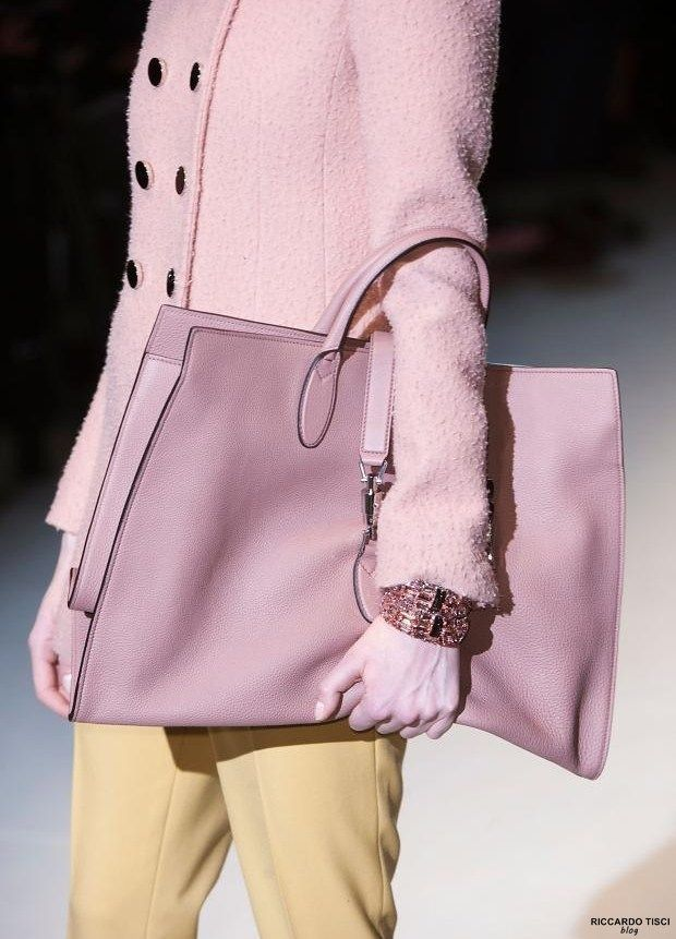 Gucci Handbags 2015   GUCCI Bags   Fall Winter 2014-2015 Women s Collection  Sac À dc5ae444c62