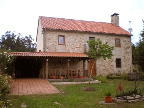 Casa rural para 7 en a estrada fachada principal casas - Casas rusticas gallegas ...