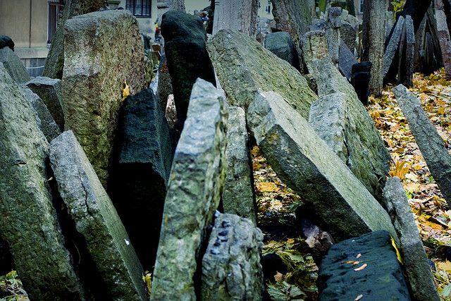 Jewish Cemetary, Josefov | Jewish Thoughts | Cemetery