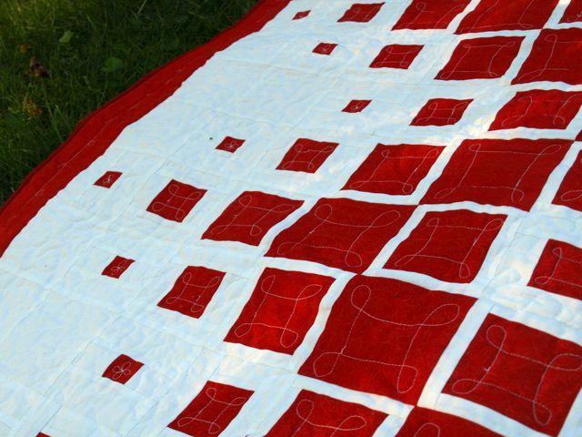 Modern Two Color Quilt | Quilt modern, Patterns and Modern quilting : two color quilts free patterns - Adamdwight.com