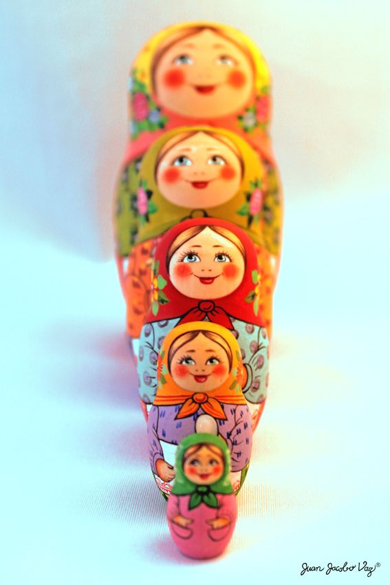 i want a matryoshka doll tattoo...love the way it is starting at the biggest down to small.
