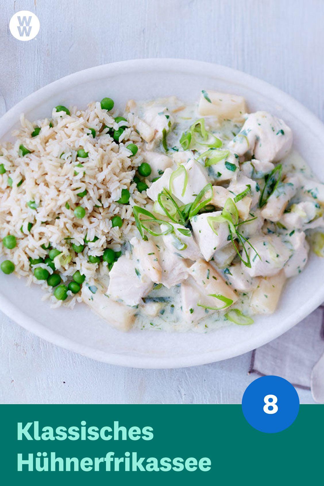 Der Klassiker aus Oma's Küche: Hühnerfrikassee (8 SmartPoints). Das leckere Gericht weckt garantiert Kinderheitserinnerungen. WW Deutschland (ehemals Weight Watchers) | WW Rezept | Weight Watchers Rezept