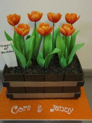Top Cakes with Tulips
