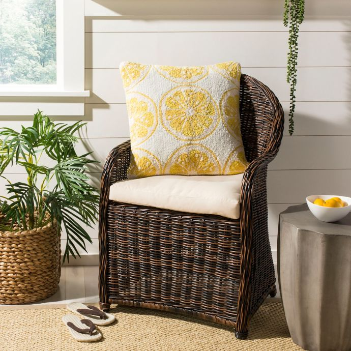 Phenomenal Safavieh Lemon Squeeze Indoor Outdoor Throw Pillow In Yellow Unemploymentrelief Wooden Chair Designs For Living Room Unemploymentrelieforg