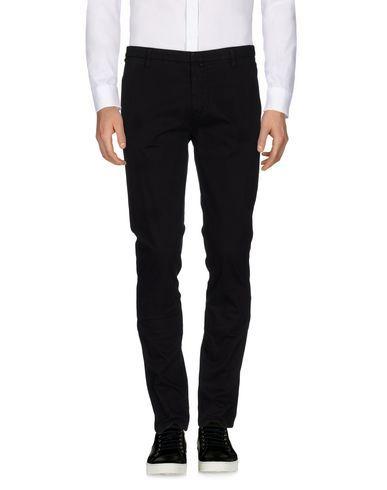 b1942dbd8e Casual pants   Products   Pants, Casual pants, Burberry men