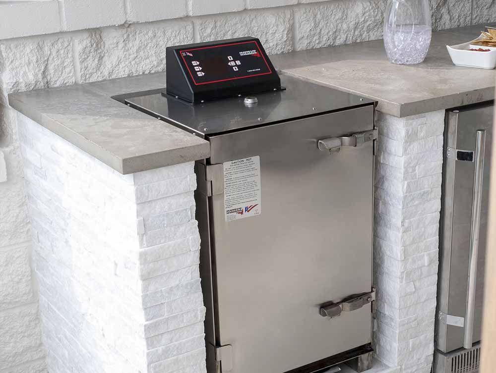outdoor kitchen bonus room photo gallery bbqguys in 2020 with images outdoor kitchen on outdoor kitchen tv id=93268