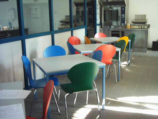 Canteen Furniture Cafeteria Chairs Lunchroom Tables Factory Canteen  Equipment Canteen Tables Canteen Chairs Cheap Blue Red