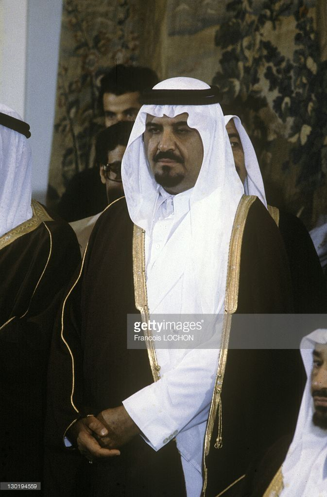Saudi Crown Prince Sultan Bin Abdulaziz Al Saud Saudi Minister Of Defense Looks On In October Of 1988 In Saudi Arab Sultan Saudi Arabia Culture Saudi Princess