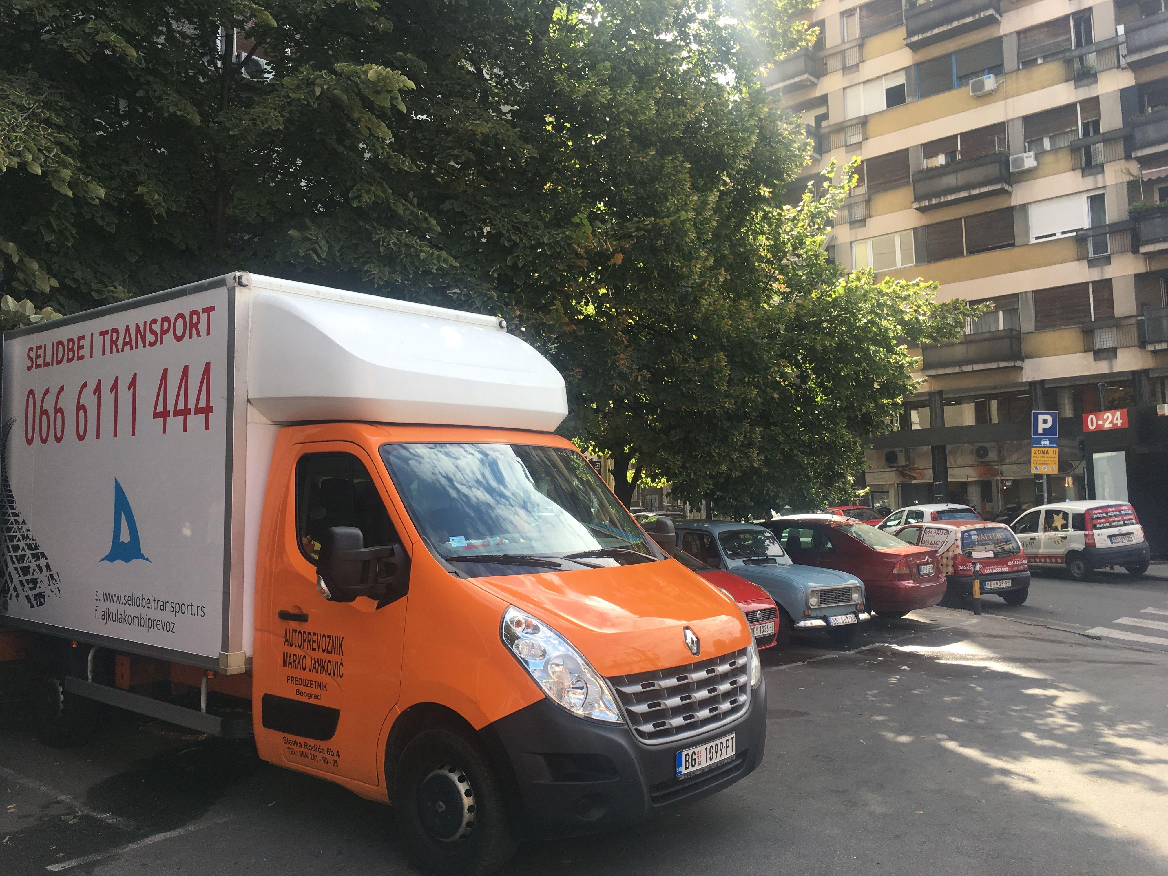 Kamion za selidbe i trasnport