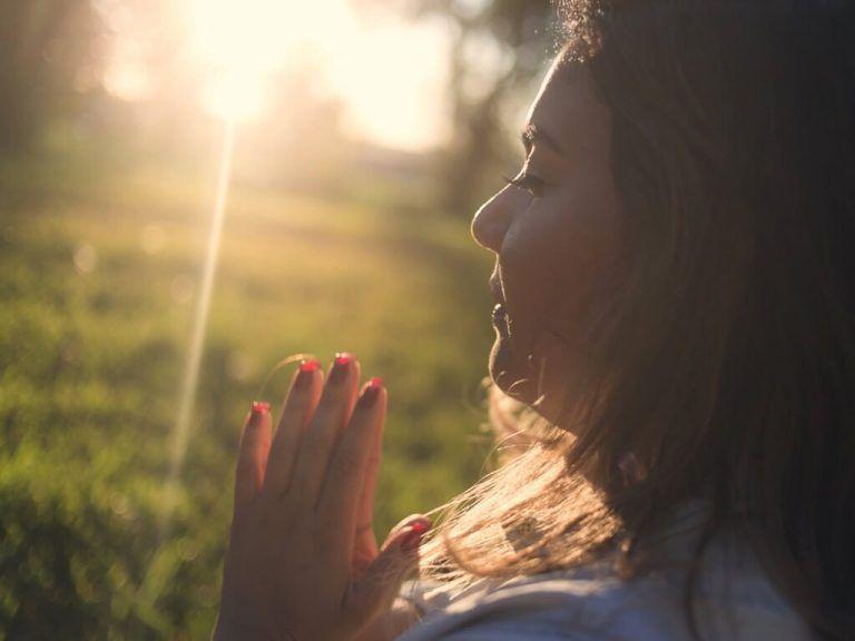 Meditación Para Comenzar El Día Meditacion Meditacion Budista Yoga Mantras