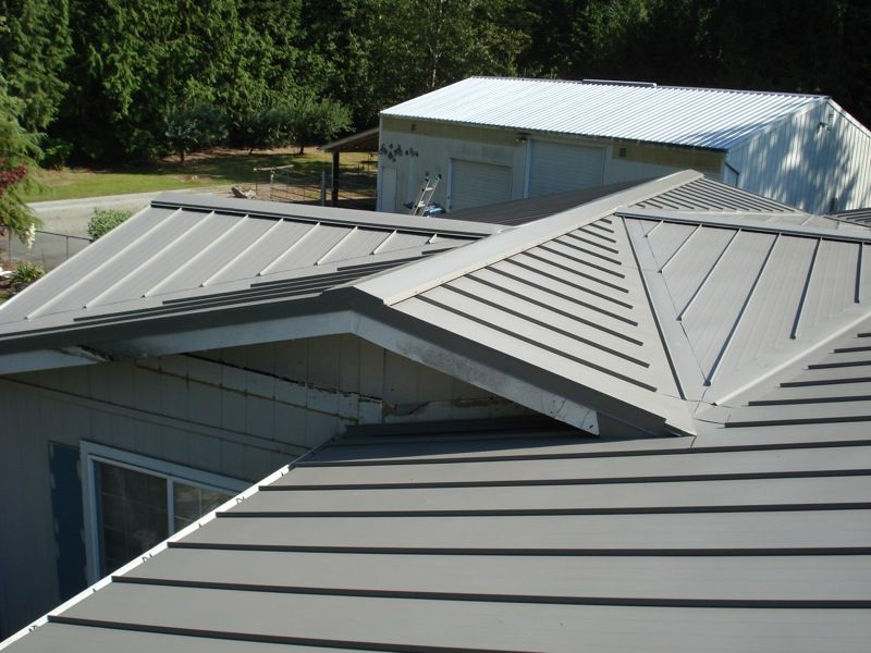 This Roof Is 26 Gauge 16 Quot Skyline In Old Zinc Gray Metal Roof Roof Aluminum Shingles