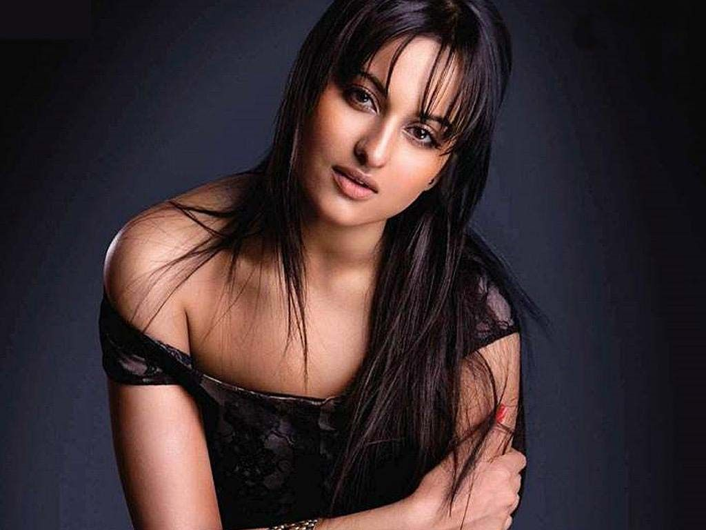 Sonakshi Sinha Latest Hot And Sexy Photos Sonakshi Sinha Hot And