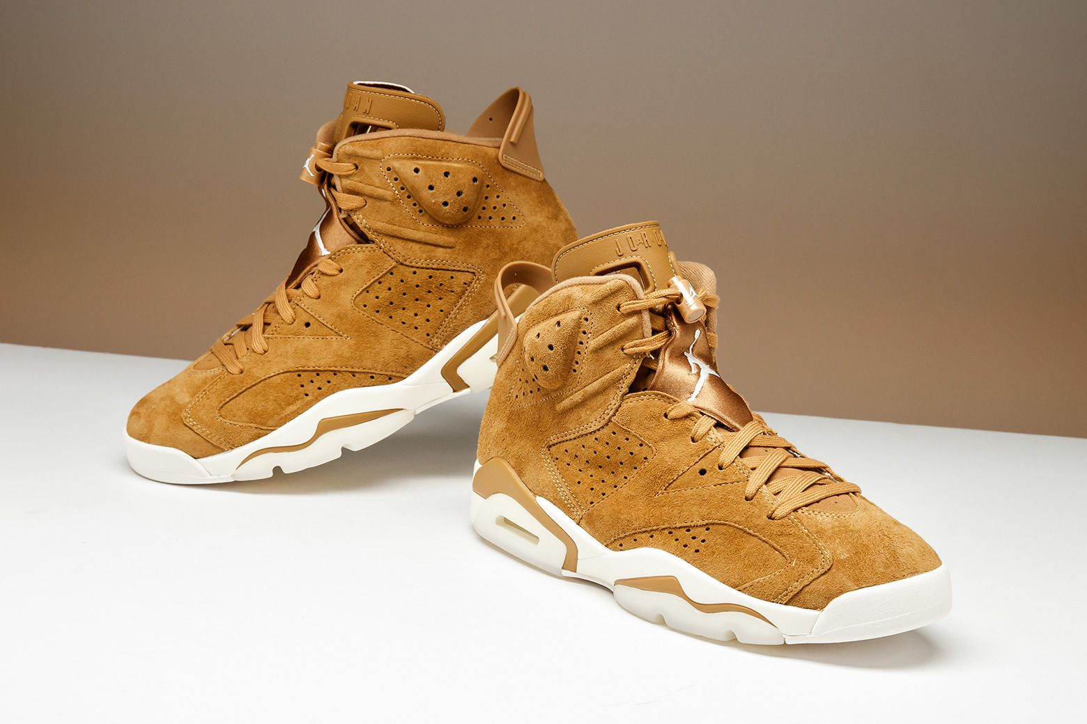 sports shoes 7fd0d 56bf3 Would you wear the Air Jordan 6
