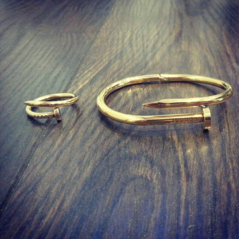 Pulsera Y Anillo Tipo Clavo Cartier En Acero Los Puedes Encontrar En Www Gauss Moda Com Jewelry Silver Rings Fashion Accessories