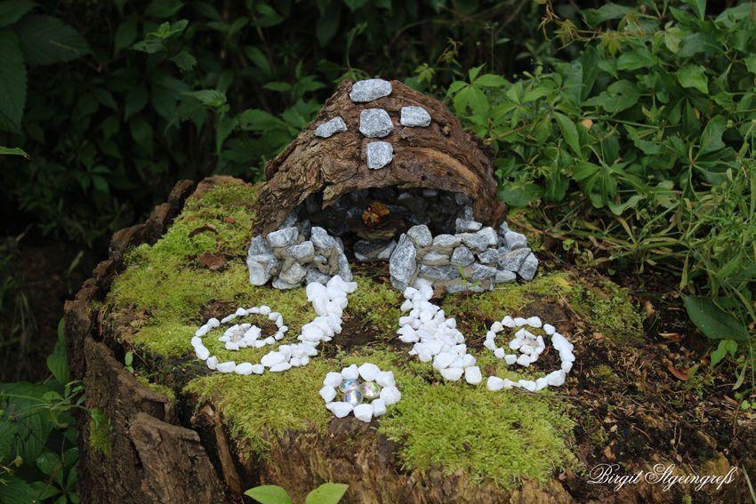 ein kleines häuschen gebaut mit viel liebe für elfen