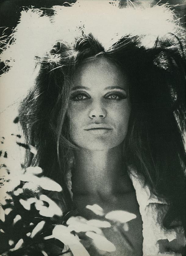 Veuruschka, 1960s. the make up thoo <3