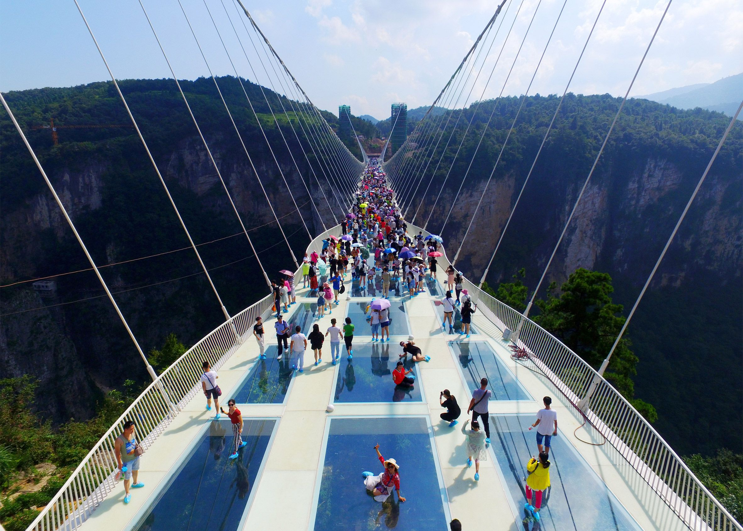 Worlds Tallest And Longest Glass Bridge Opens In China