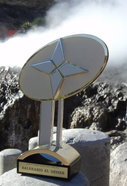 """El pasado 27 de mayo, El Geiser #Balneario #Spa recibió el """"Gold Award for Excelence and Business Prestige"""" en #NY"""