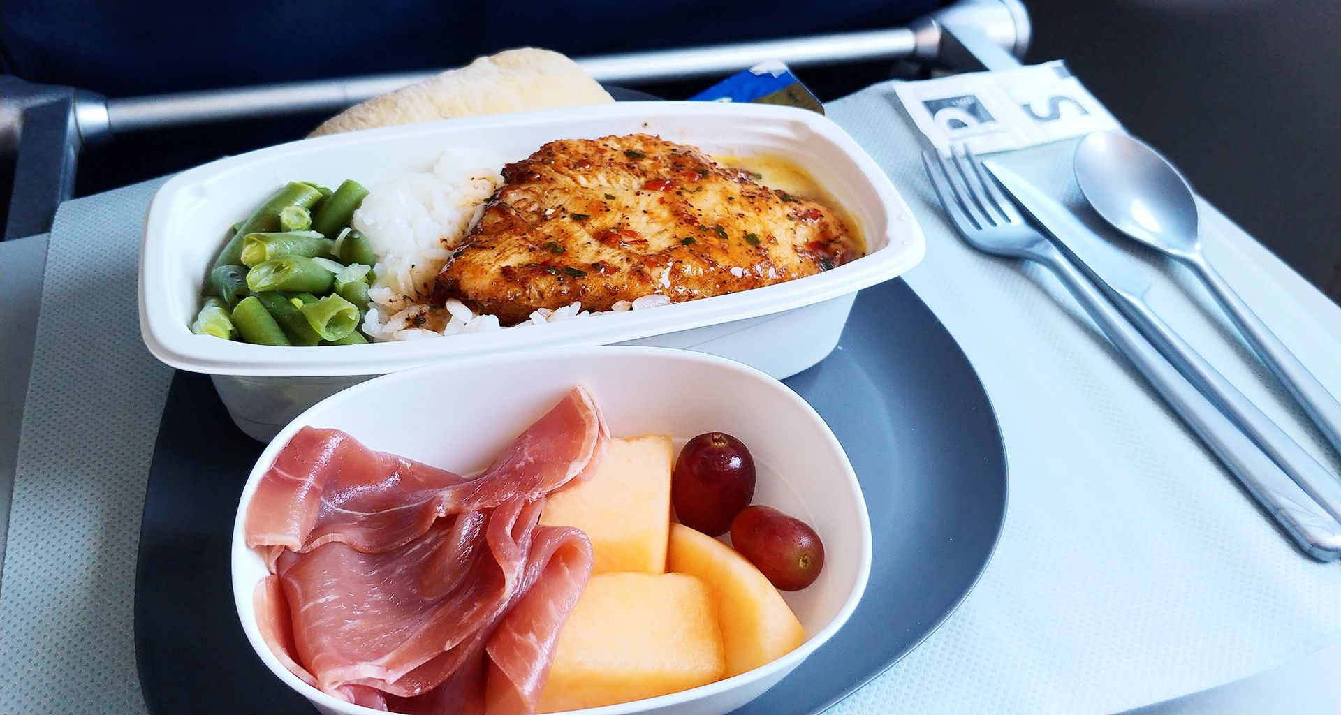 Check out the new inflight service on Delta Airlines