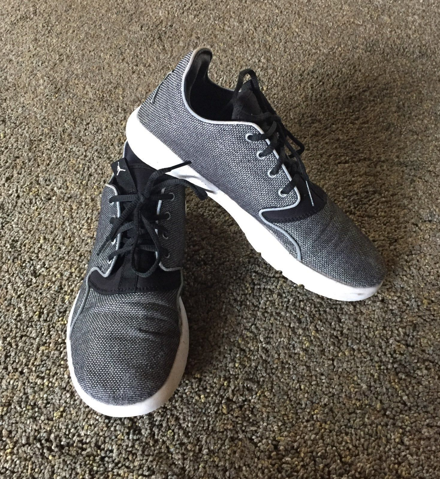 Youth Air Jordan athletic shoes! Size 6Y Good used condition ...
