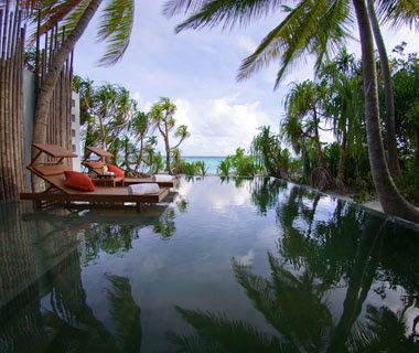 Hiving Out: World's Most Romantic Hotels