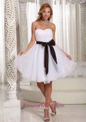 958aa6eb8fe Short White Organza Bow Bridesmaid Dama Dresses. Simple Sash Sweetheart  With Ruch Bodice Organza Knee-length Prom Dress For Summer Dama Dresses