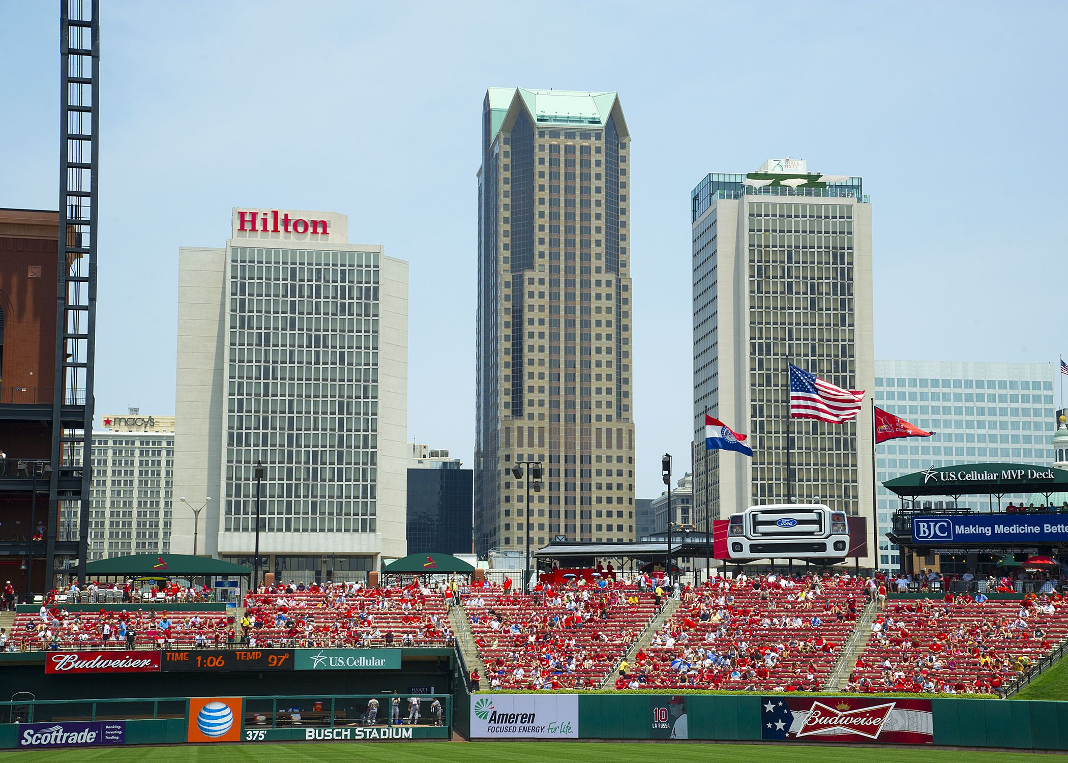 The Hilton St  Louis at the Ballpark | Hilton St  Louis at the
