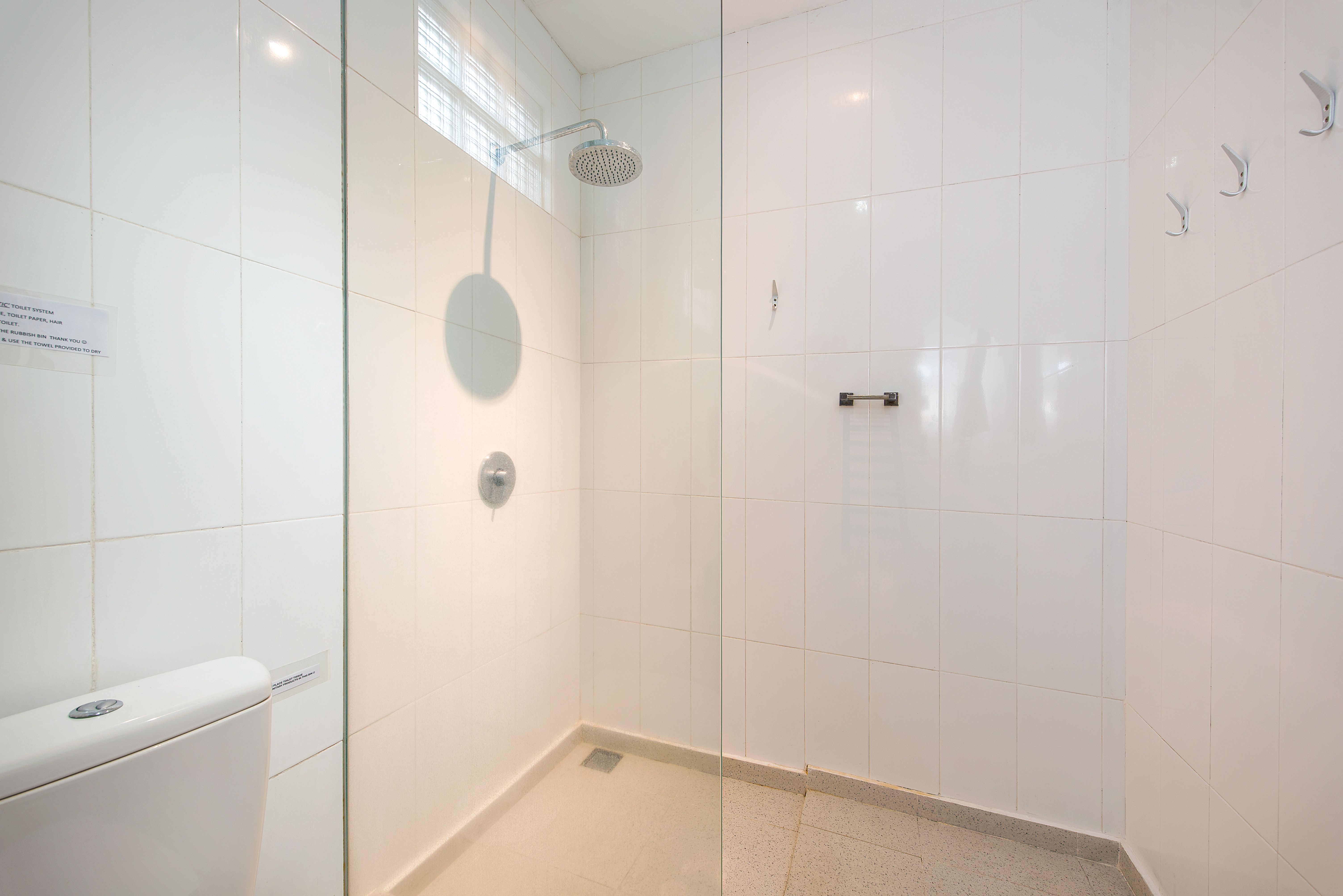 Enclosed, insect proof ensuite bathroom with roll in shower, non ...