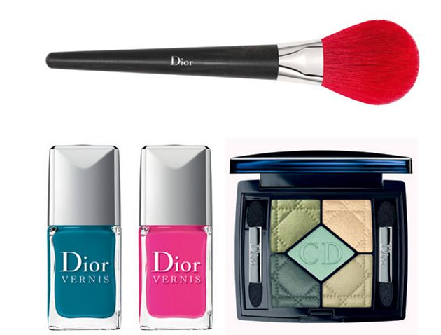 Dior Bird of Paradise Summer 2013 Makeup Collection: http://www.fashionisers.com/perfumes-makeup/dior-bird-of-paradise-summer-2013-makeup-collection/