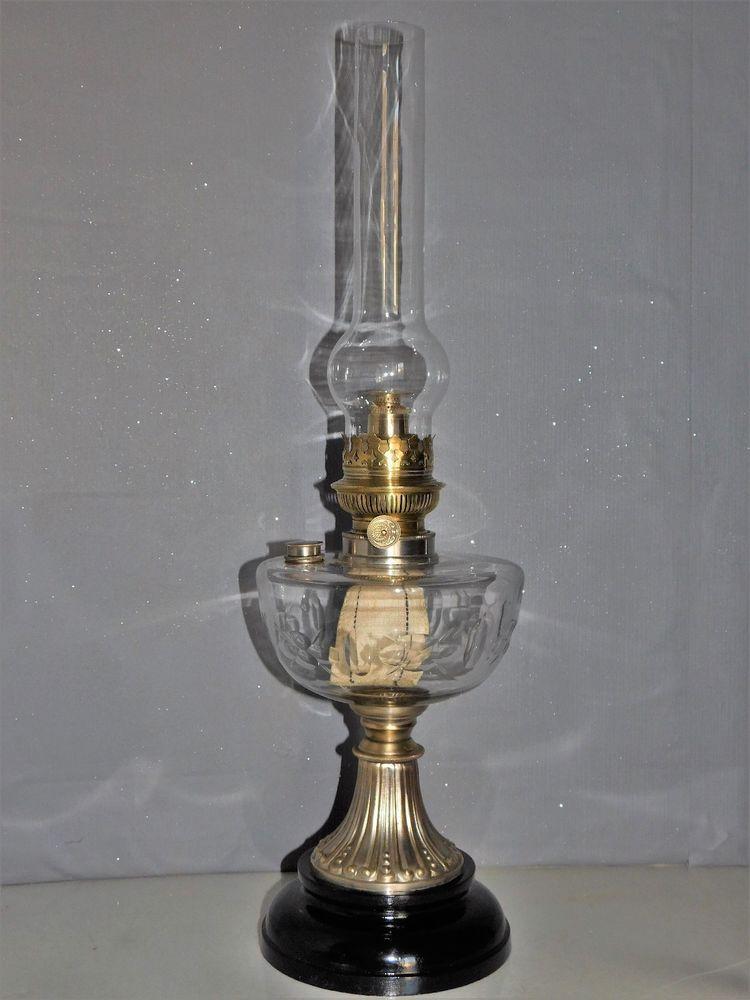 D tails sur imposante lampe a petrole toupie en verre cisele avec bouchon de remplissage en 2019 - Lampes de salon anciennes ...