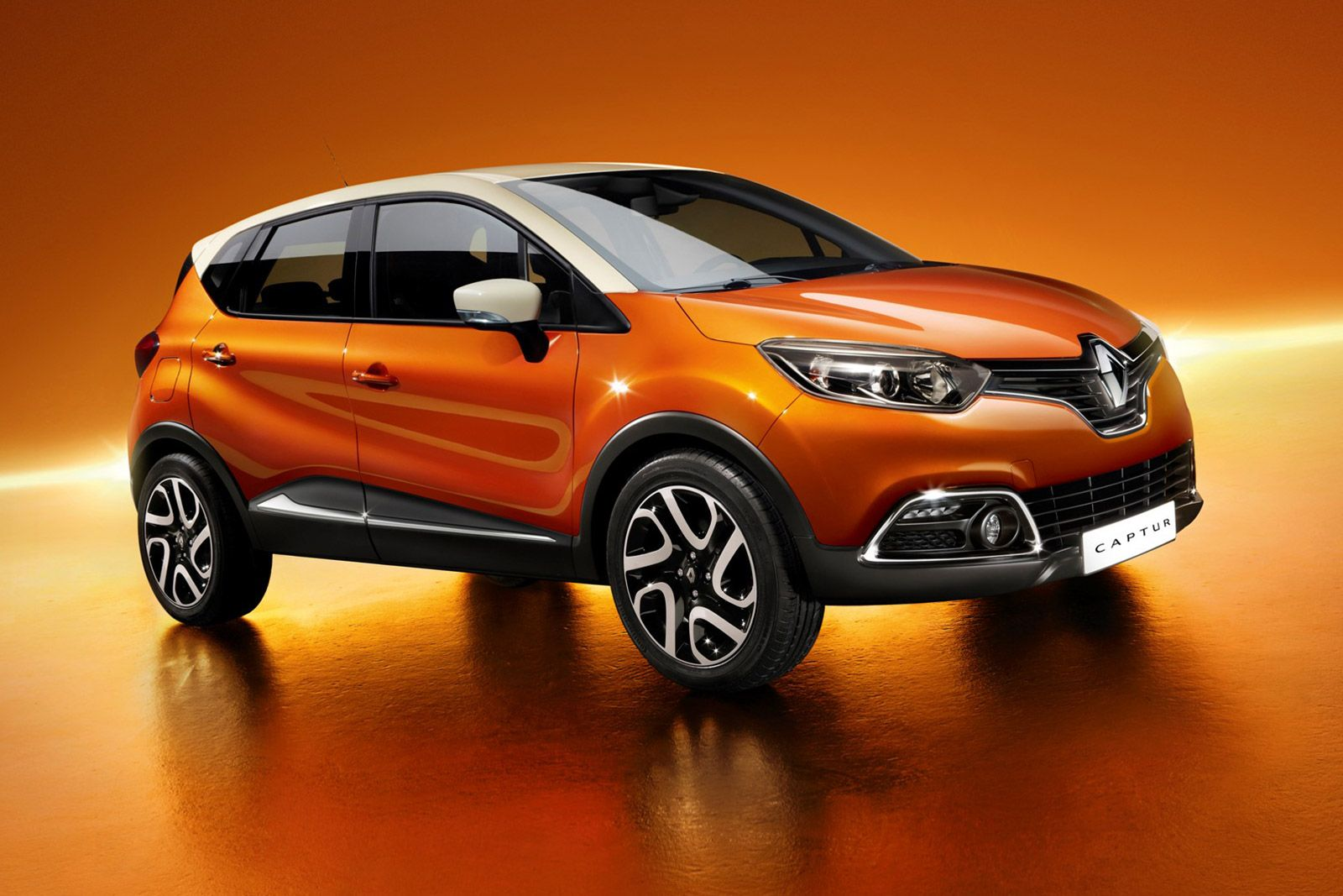 the new renault captur compact crossover car body design vehicles pinterest compact. Black Bedroom Furniture Sets. Home Design Ideas
