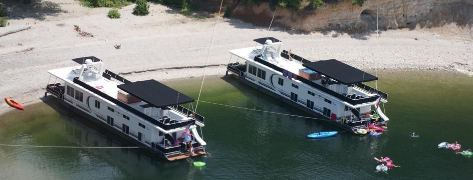 Homepage | Wake Zone Luxury Houseboat Rentals: Lake Ouachita, Royal,  Arkansas