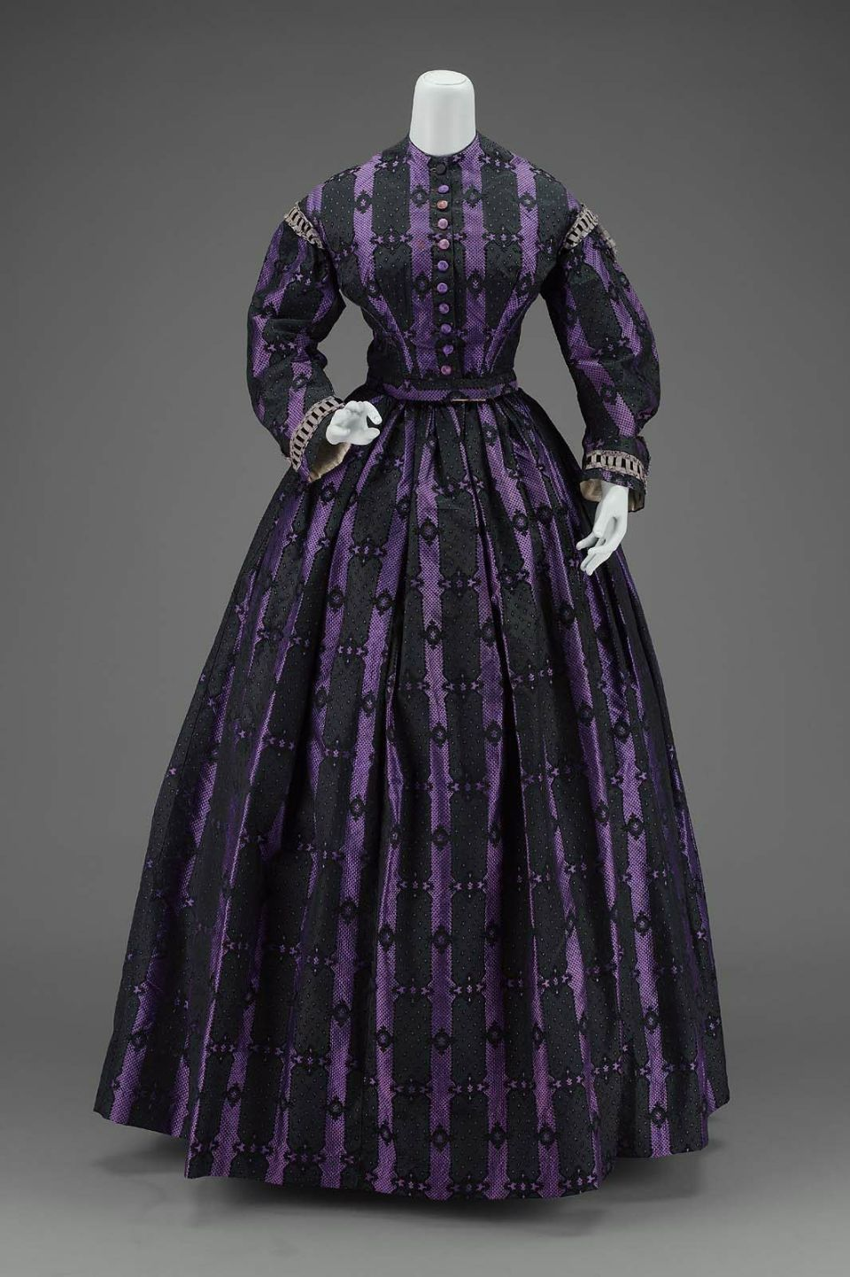 1860 American Dress at the Museum of Fine Arts, Boston