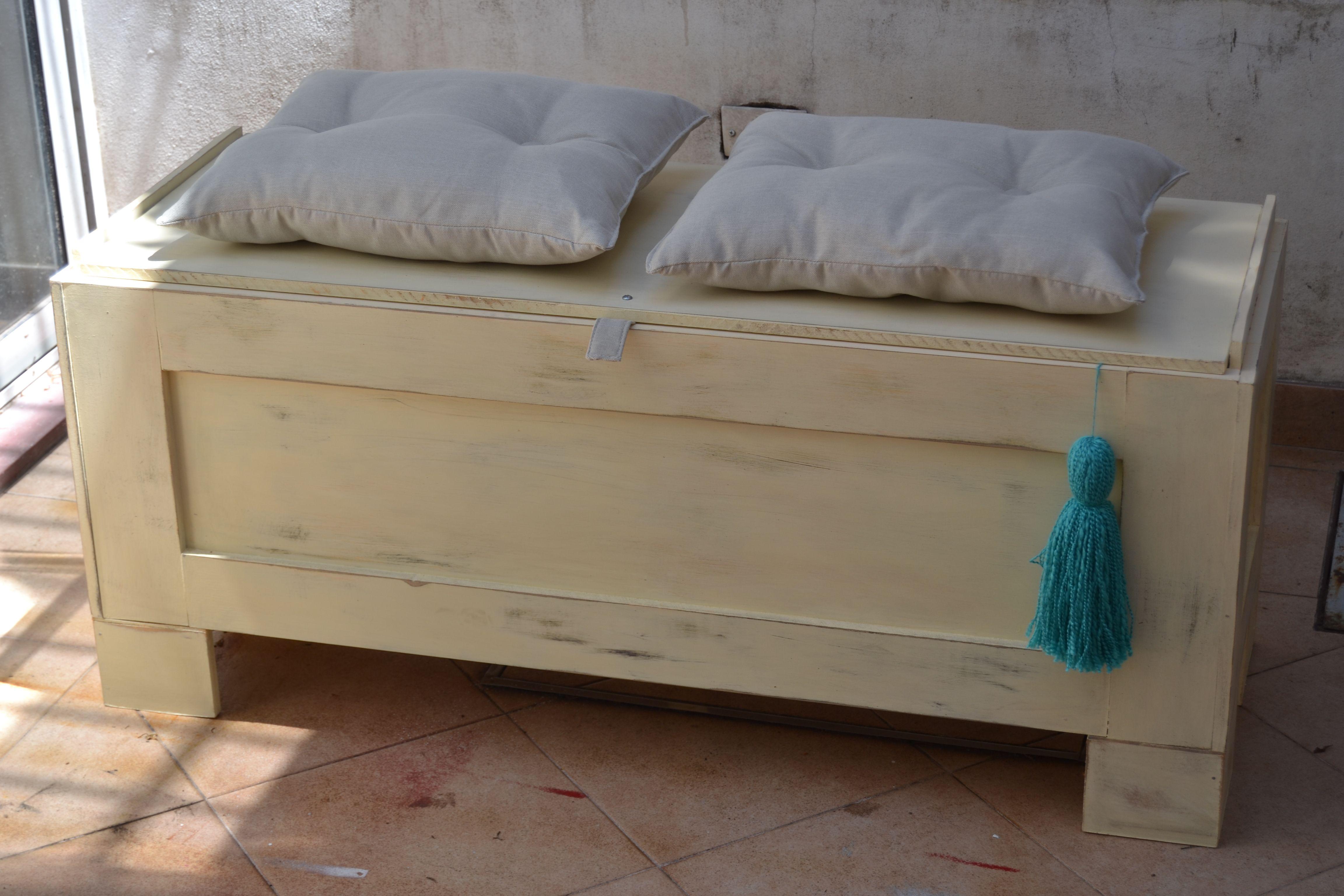 Excelente Banqueta Pie De Cama En Madera Con Almohadones En Lino Storage Bench Furniture Home Decor