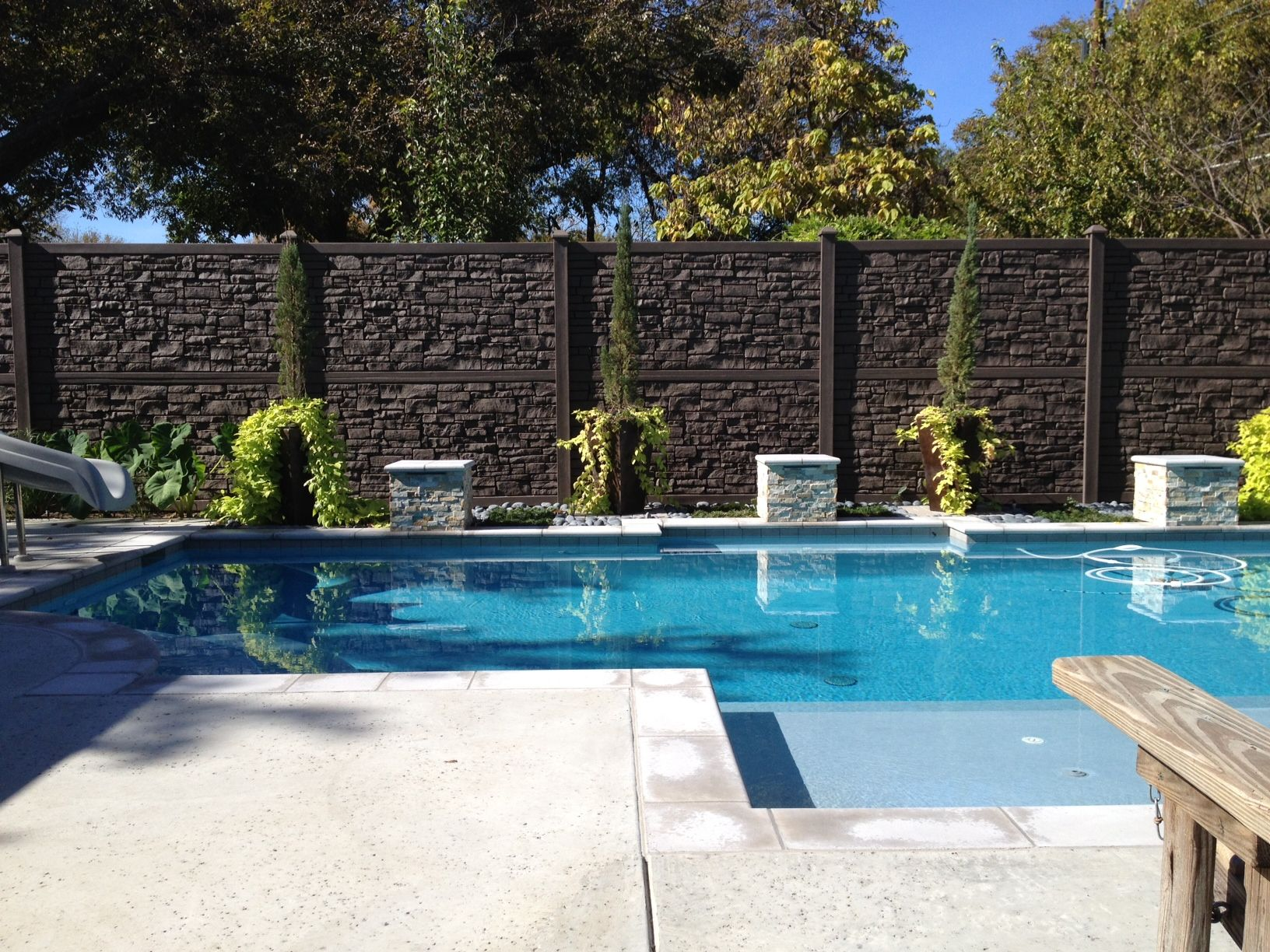 Fence fencing privacy fence around swimming pools for Privacy pool screen