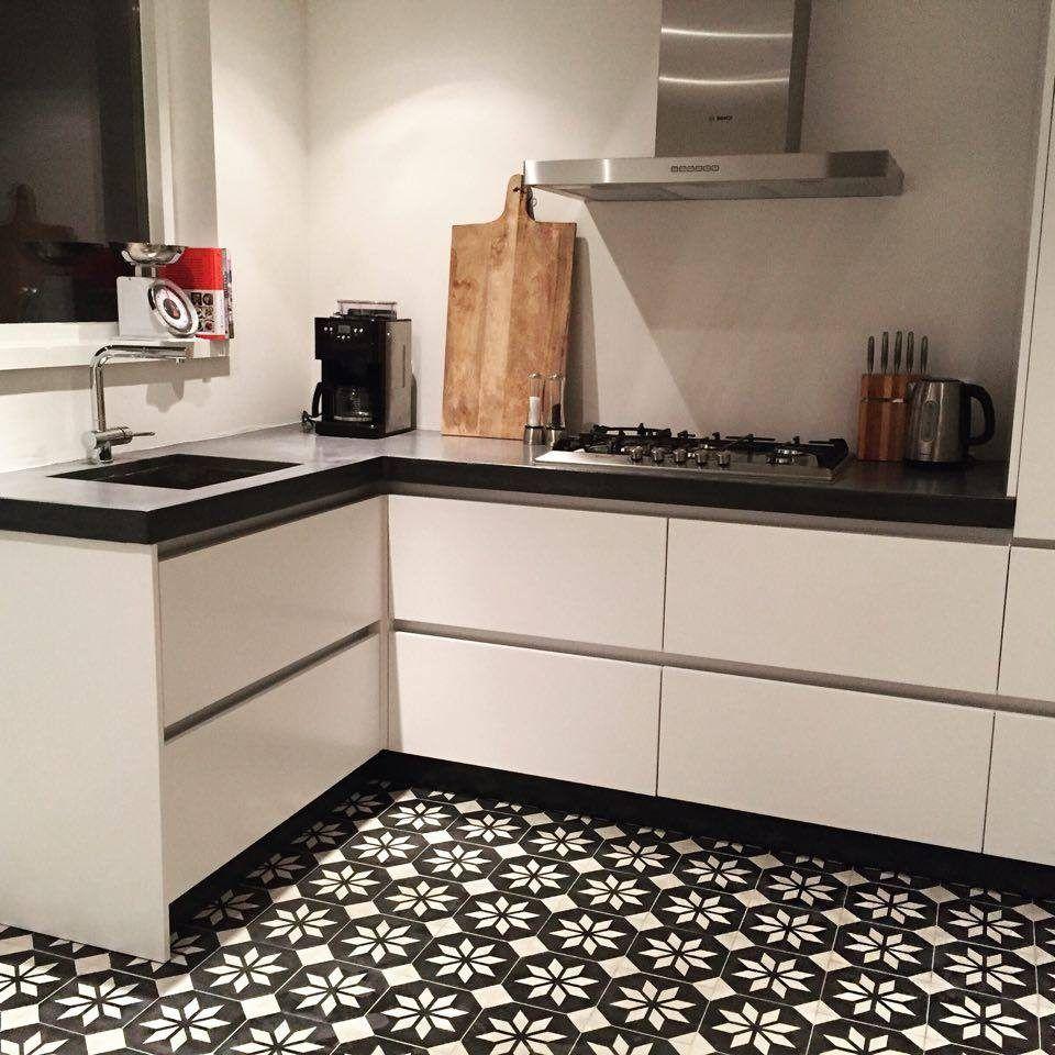 wandtegels keuken creme : Portugese Tegels Keuken Sirius Black Reverse Tiles Floors