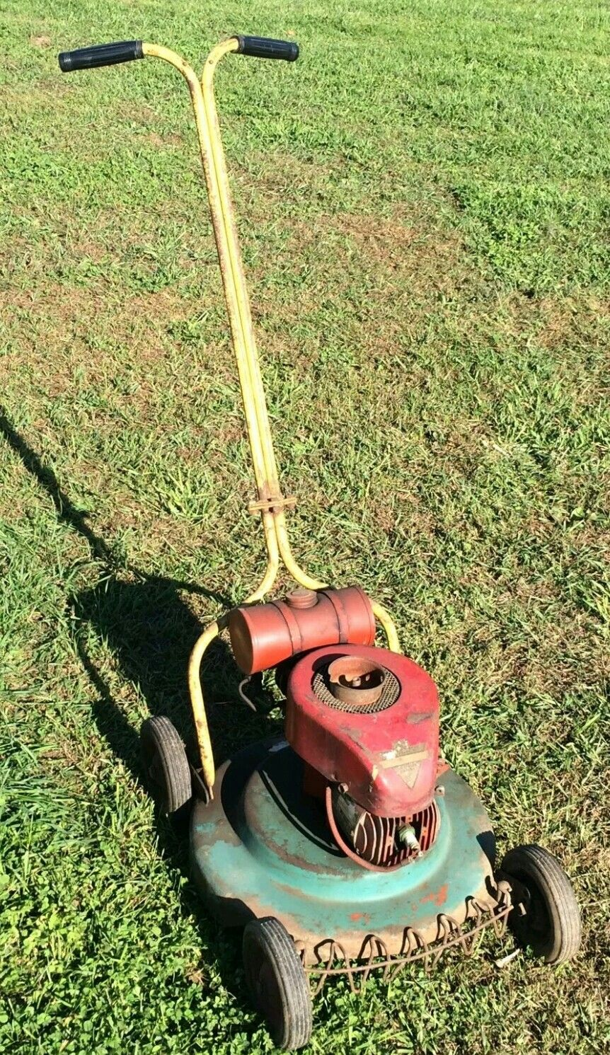 Roberton Rotary Lawn Mower Lawn Equipment Old Tractors