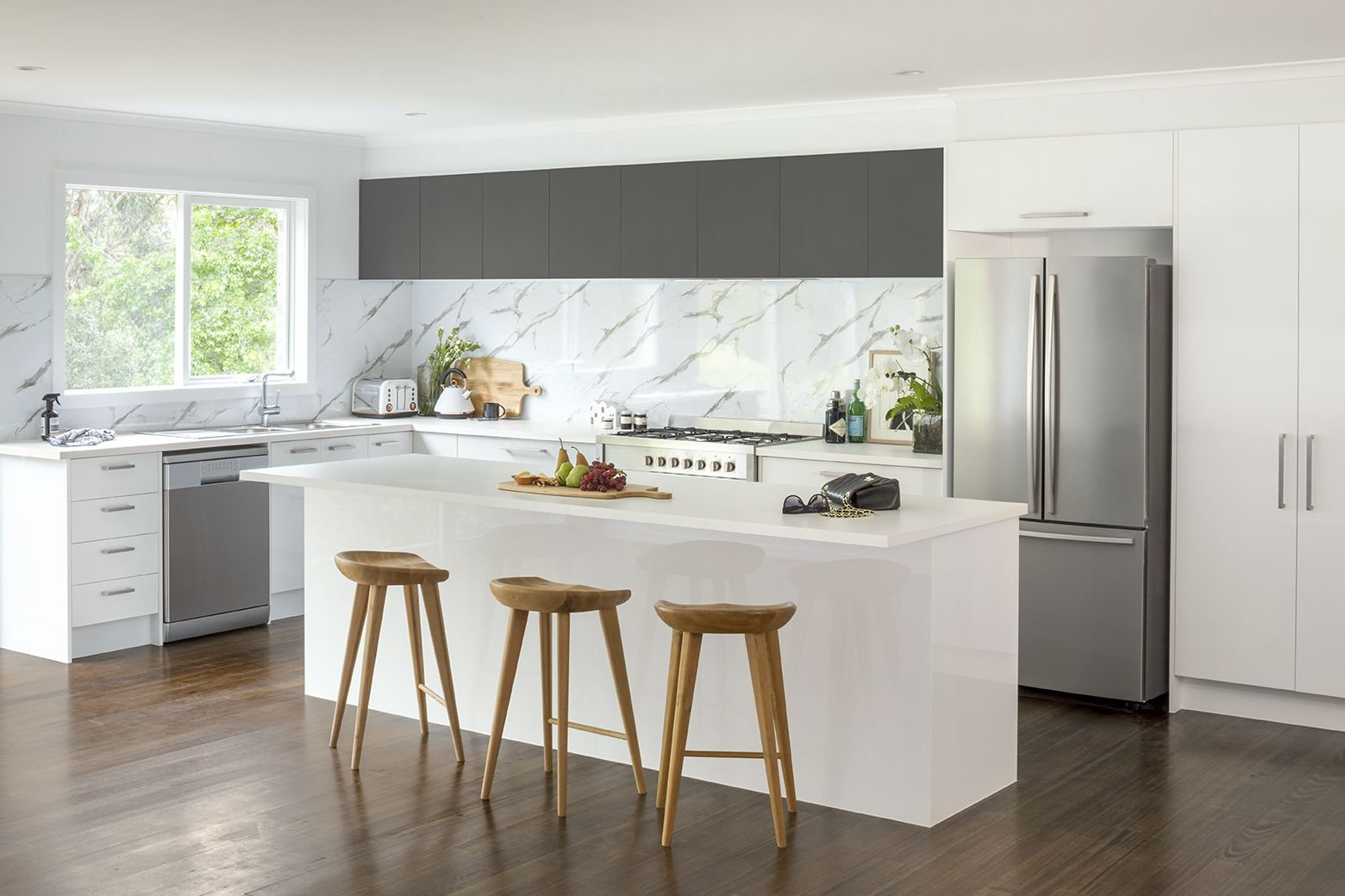 the perfect entertainer kitchen inspiration and ideas kaboodle kitchen similar on kaboodle kitchen design id=82840