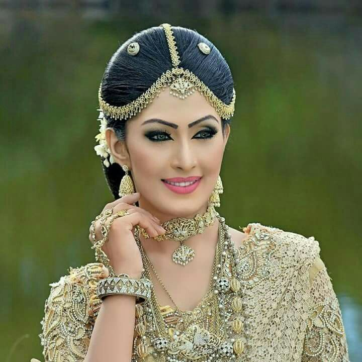 Wedding Hairstyle In Sri Lanka: Bride Portrait, Bridal Makeup, Bridal Wear