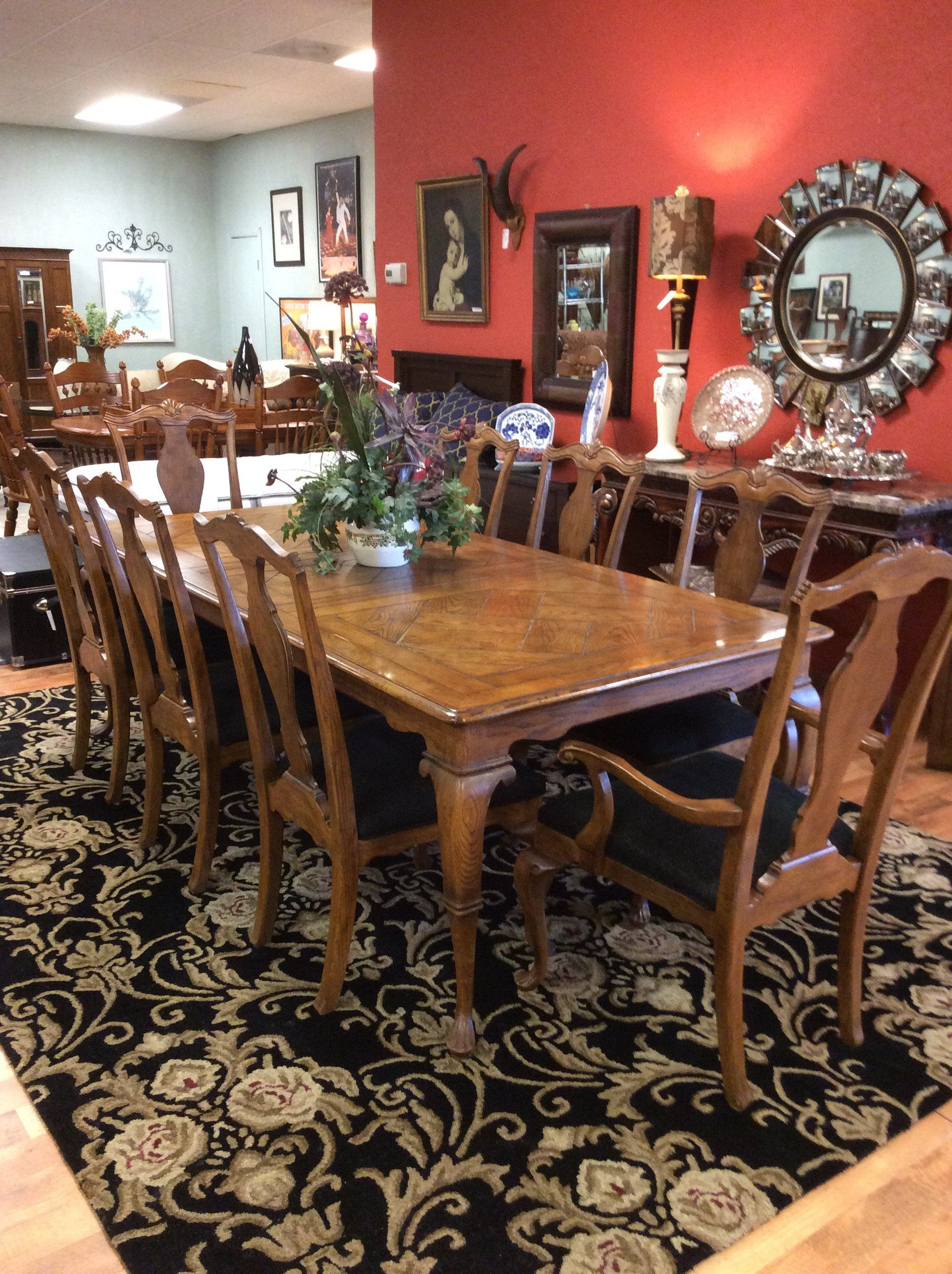 This Beautiful Drexel Heritage Dining Room Suit Has 2 Leaves And 8 Upholstered Chairs The French Count Dining Room French Home Furnishings Upholstered Chairs
