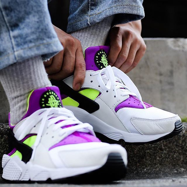 the latest 707c5 ea316 Nike Air Huarache Run  91 QS   White Yellow Magenta   Mens Trainers
