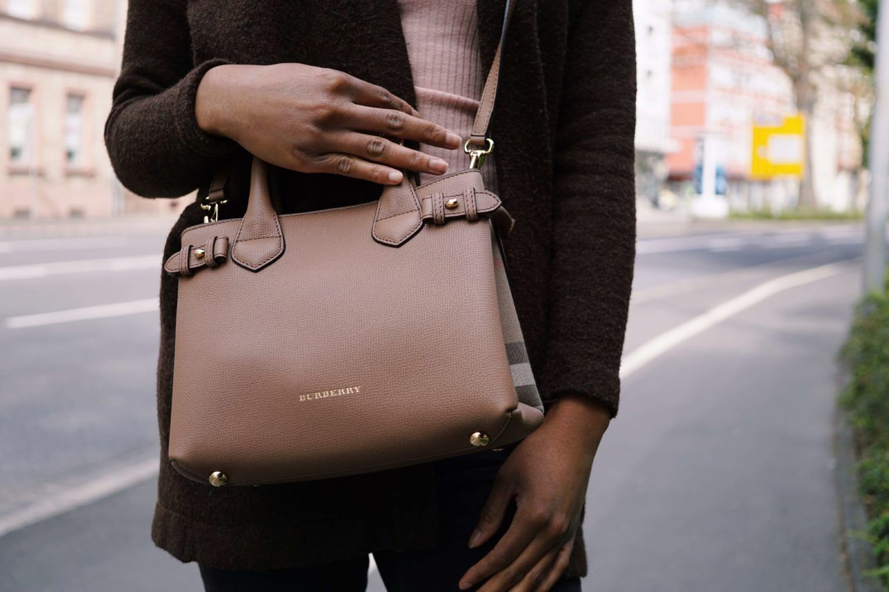 Burberry The Banner Bag | beige bag | mini bag | Trend bag