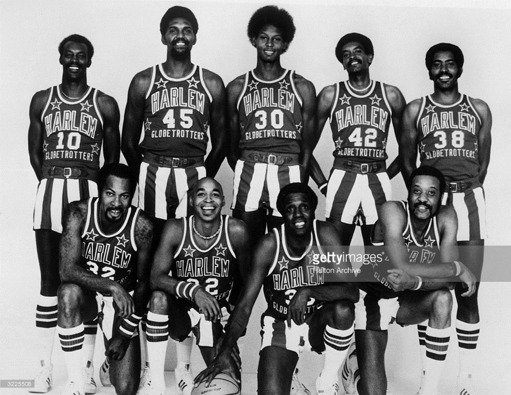The 197677 National Unit Harlem Globetrotters team