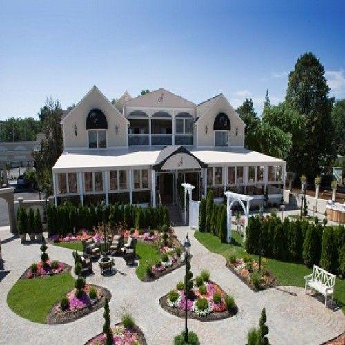 17 Of The Best Waterfront Wedding Venues In Ct Waterfront Wedding Venue Wedding Venues Beach Ocean Wedding Venue