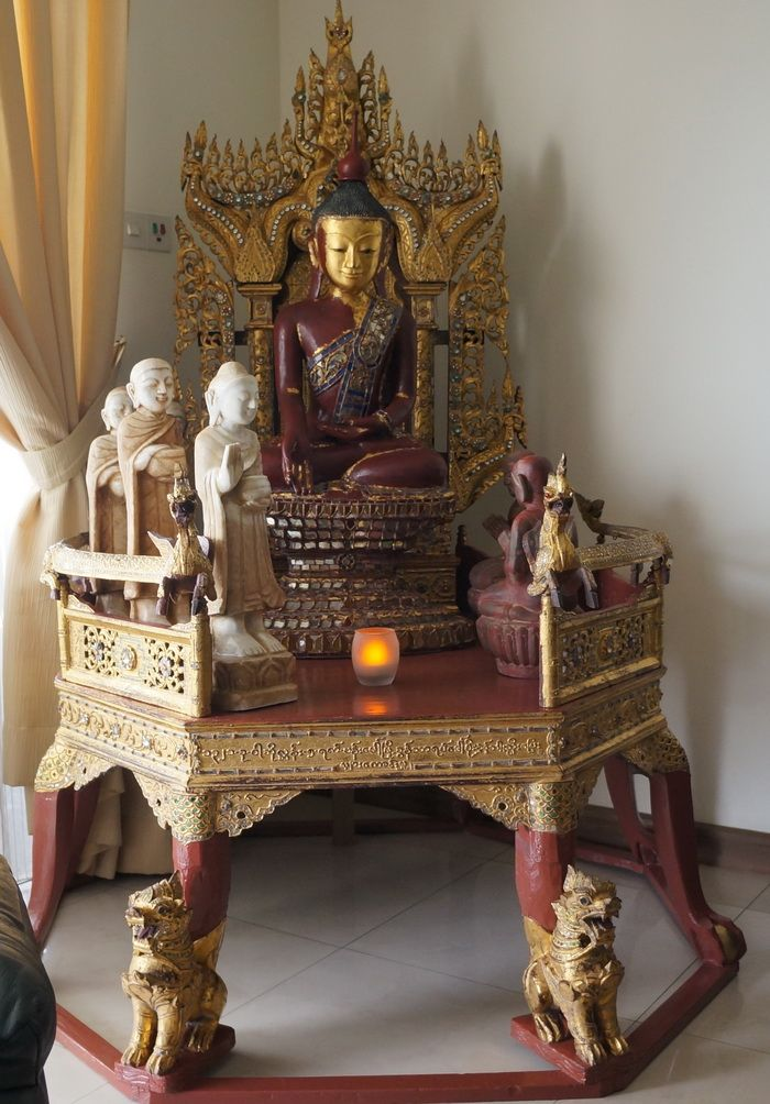 Burmese Monks throne with hollow lacquer Buddha statue, two hollow lacquer disciples and marble Buddha with monks.