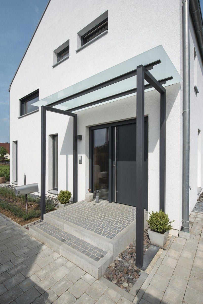 hausdetailansicht anbau pinterest vordach eingang und hauseingang. Black Bedroom Furniture Sets. Home Design Ideas