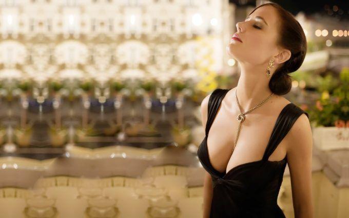 Eva Green In Casino Royale Black Hot Dress 4k Wallpapers