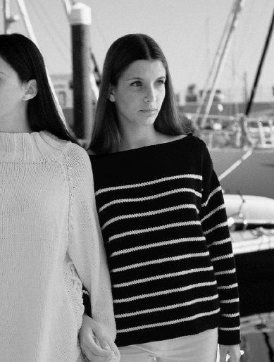 Free Knitting Pattern Navigator By Kim Hargreaves In Rowan All