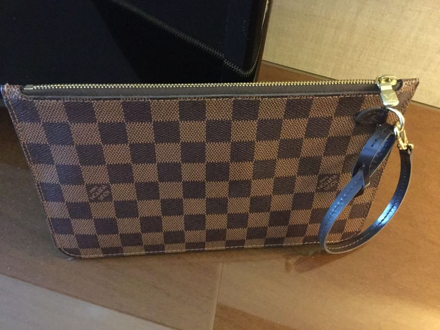 8fe4ba2c49a2 AUTHENTIC LOUIS VUITTON DAMIER EBENE NEVERFULL MM GM POCHETTE WRISTLET